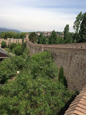 stadsmuur Girona